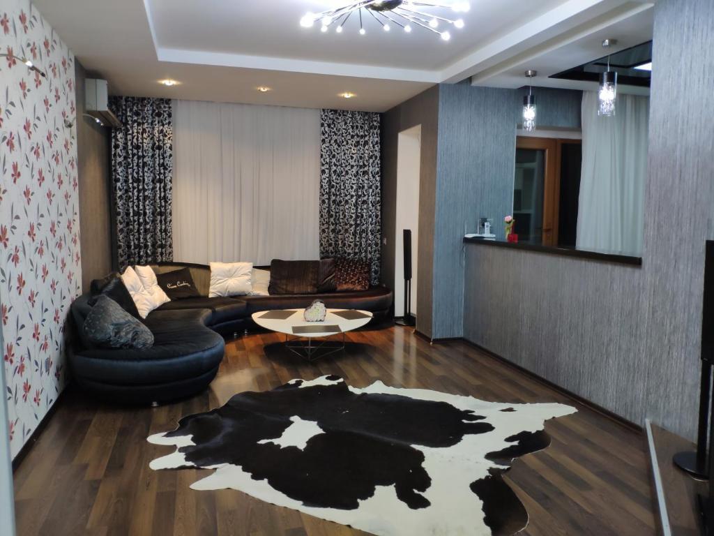 Nizami Apartment