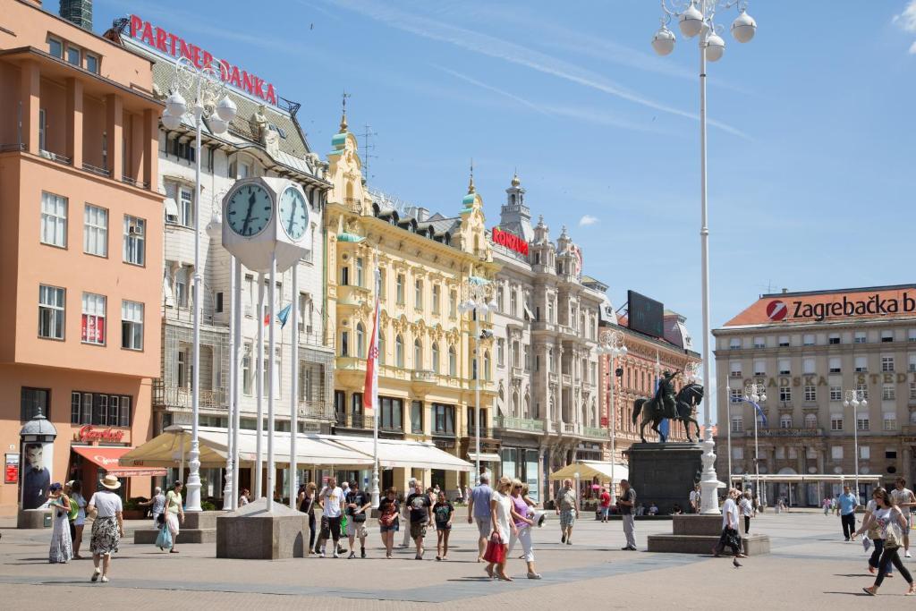 Angel Main Square Center Zagreb