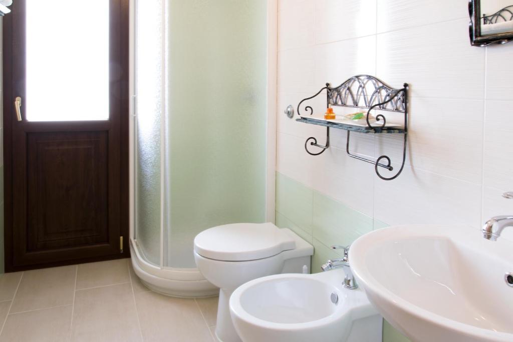 S'eredeu Apartments image8