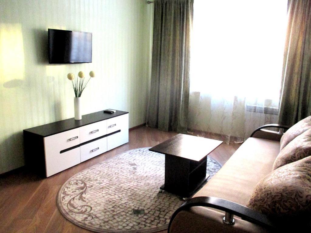 Apartment on Vladimira Nevskogo 38g