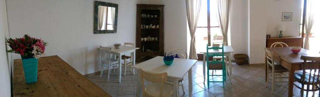 he B & B is located in the historical village of Santu LUssurgiu bild8