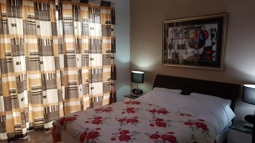 Private Room at 5 minutes to paceville, Guesthouse in St Julian's