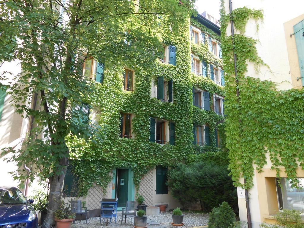 Appart 39 h tel residence dizerens r servation gratuite sur for Appart hotel 78