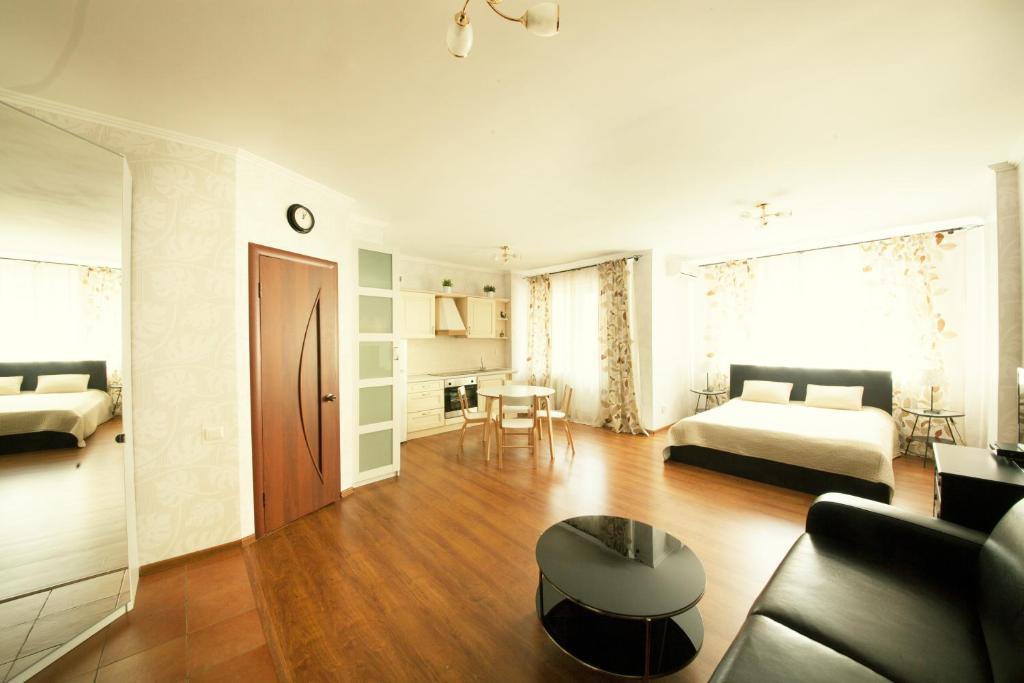 Kvartirkino-2 Apartments