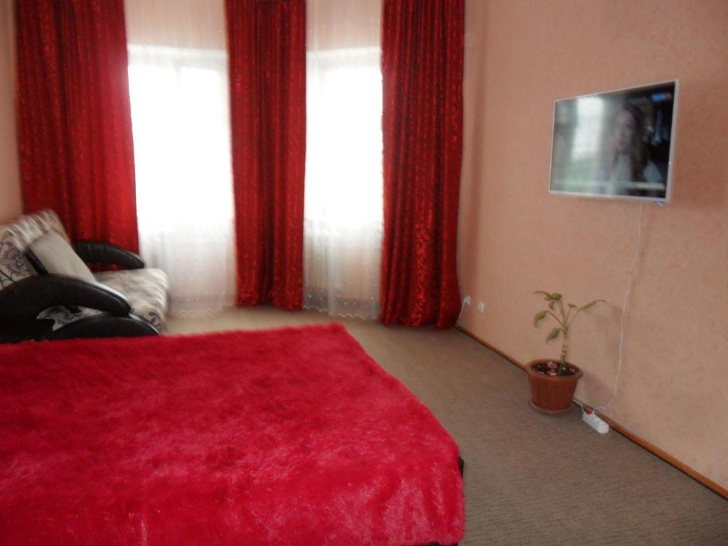 Apartment Internatsional'naya 2/1