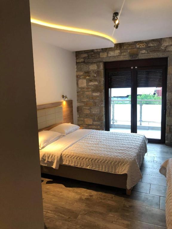 Dioscuri Luxury Apartments - Thásos - ViaMichelin ...