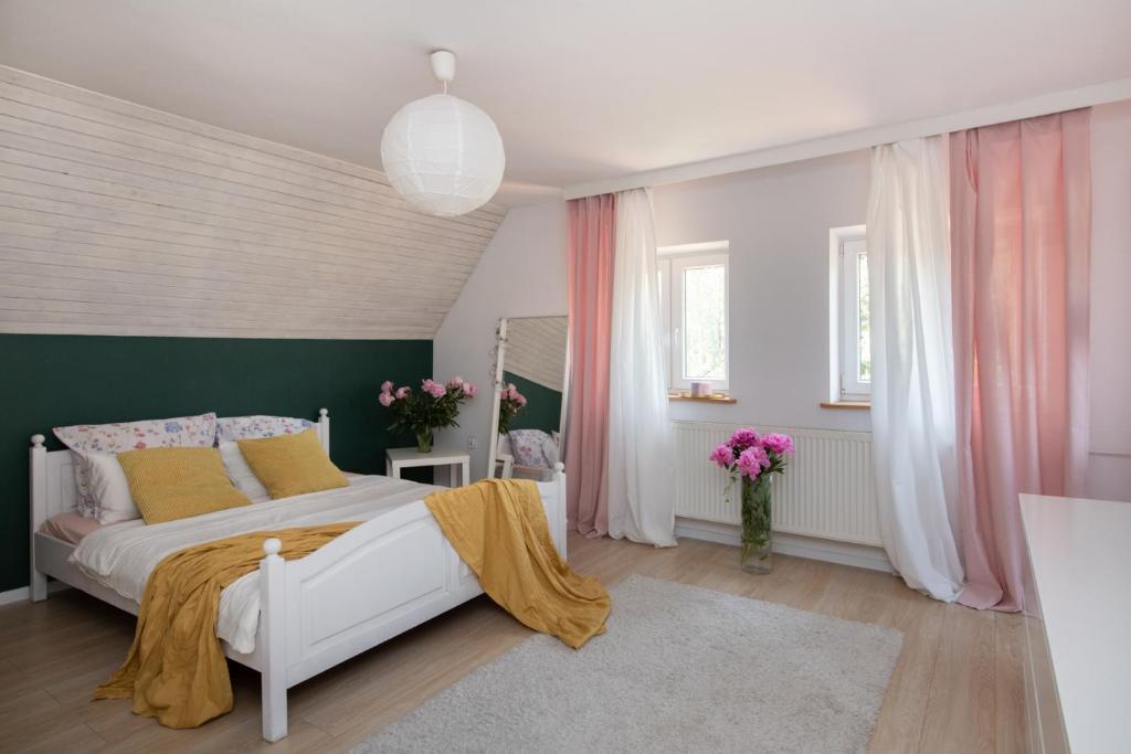 noclegi Gdańsk Art House- dom z dużym ogrodem