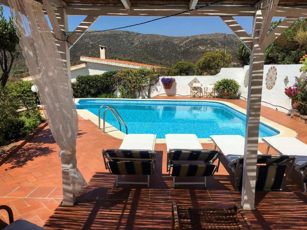 Private Pool villa with panoramic views bild1