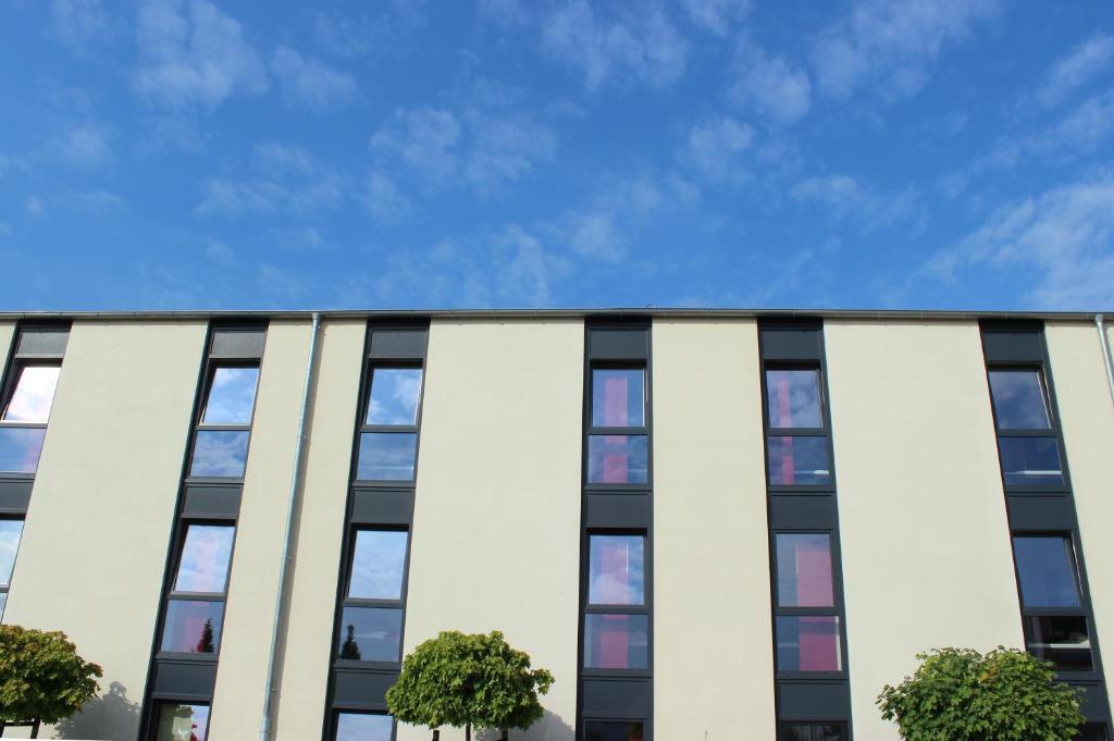 arena hotel ulzburg informationen und buchungen online viamichelin. Black Bedroom Furniture Sets. Home Design Ideas