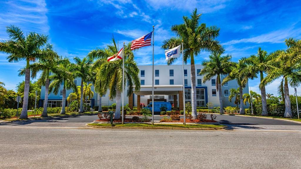 Hampton Inn & Suites Sarasota / Bradenton - Airport