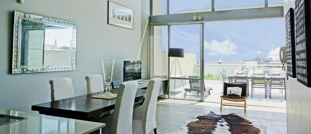 Luxury Mt Eden Apartment with Spectacular Views
