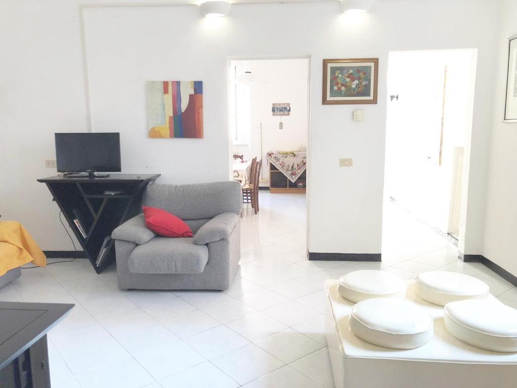 scelta migliore super economico rispetto a acquisto economico Appartamento Sbirciamare - Cecina - book your hotel with ...