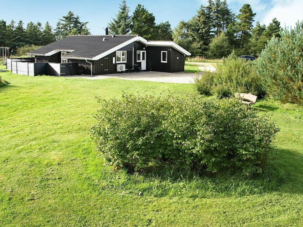 Three-Bedroom Holiday home in Blåvand 30