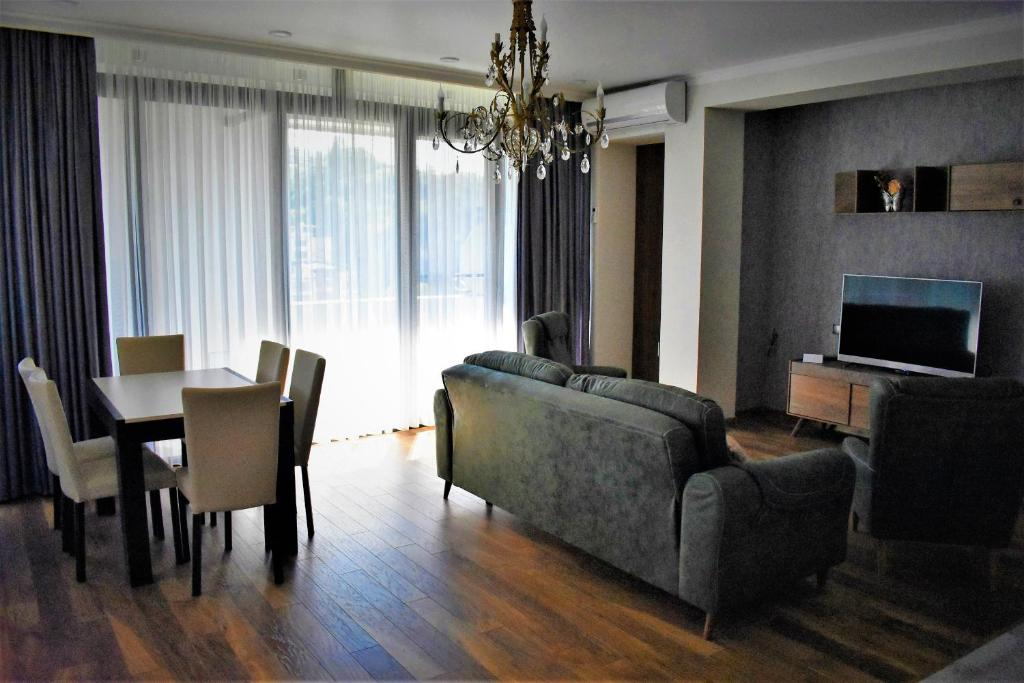 Riverside Apartment in Tbilisi Centre