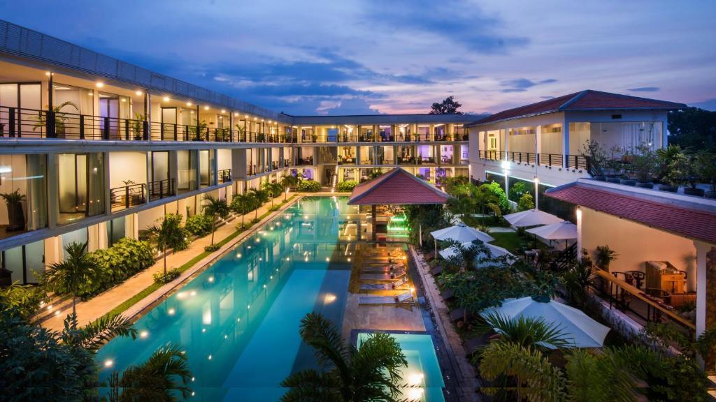 Angkor Elysium Suite