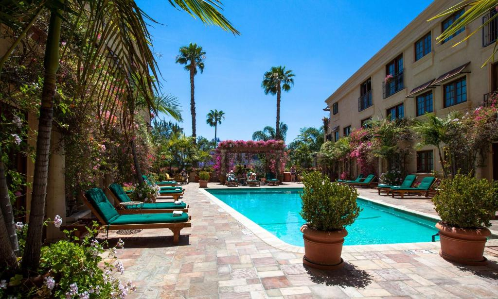 Best Western Plus Sunset Plaza Hotel Photo #24