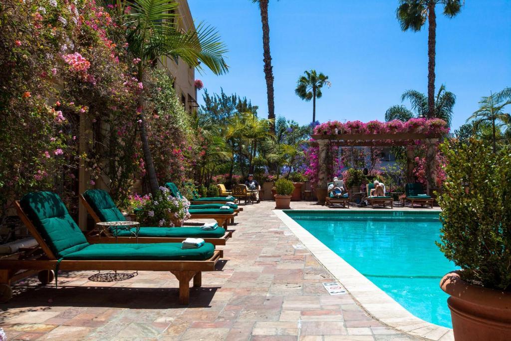 Best Western Plus Sunset Plaza Hotel Photo #29