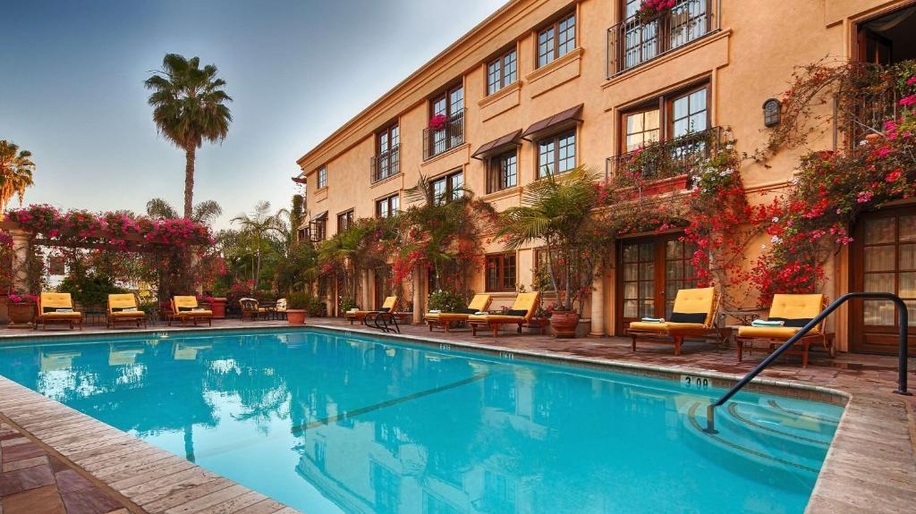 Best Western Plus Sunset Plaza Hotel Photo #32