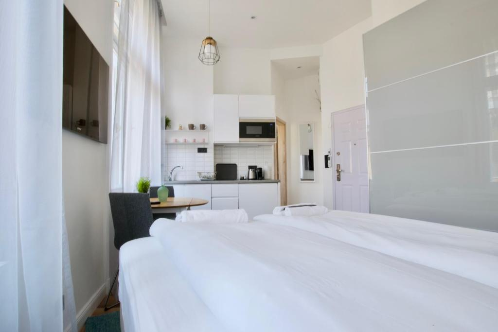 Standard Apartment by Hi5 - Anker 1, 1061 Budapest