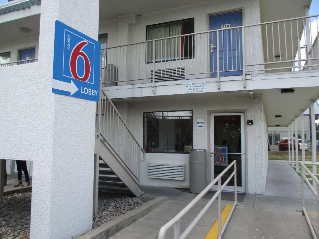 Motel 6-Austin, TX