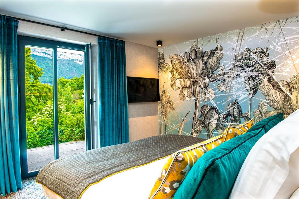 Les Tresoms Lake And Spa Resort Annecy Book Your Hotel With