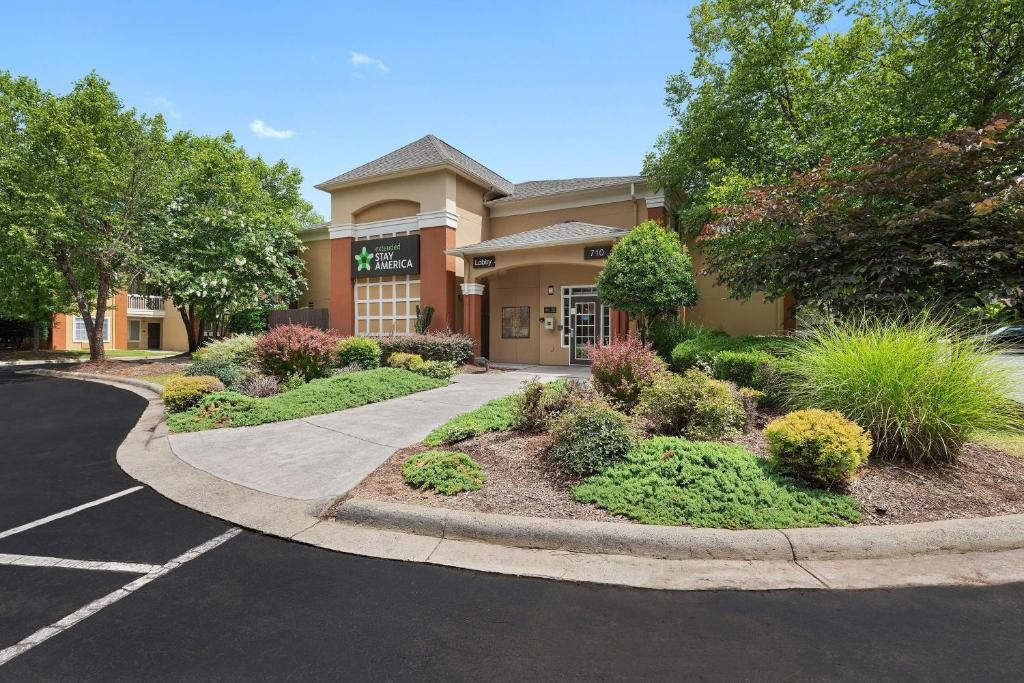 Extended Stay America Suites - Charlotte - Airport