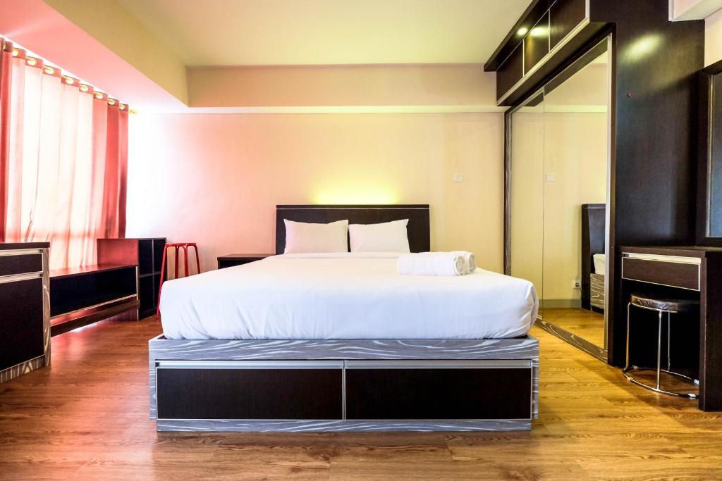 Minimalist Studio Apartment at H Residence By Travelio ...