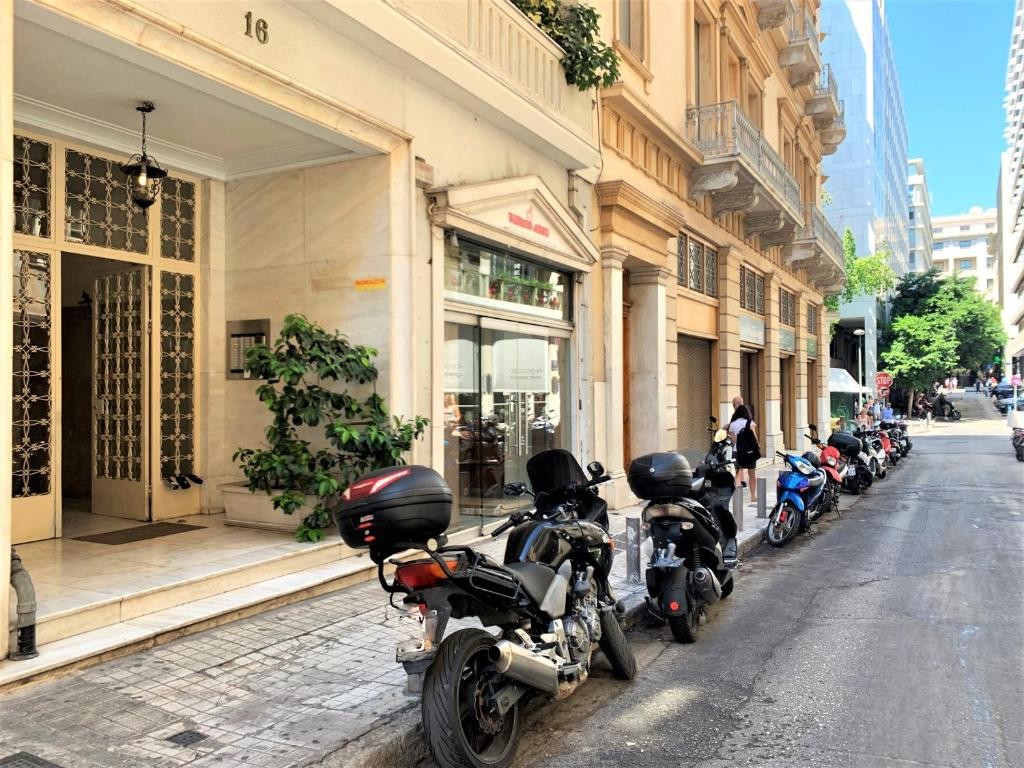 GK Niki, 10557 Athen