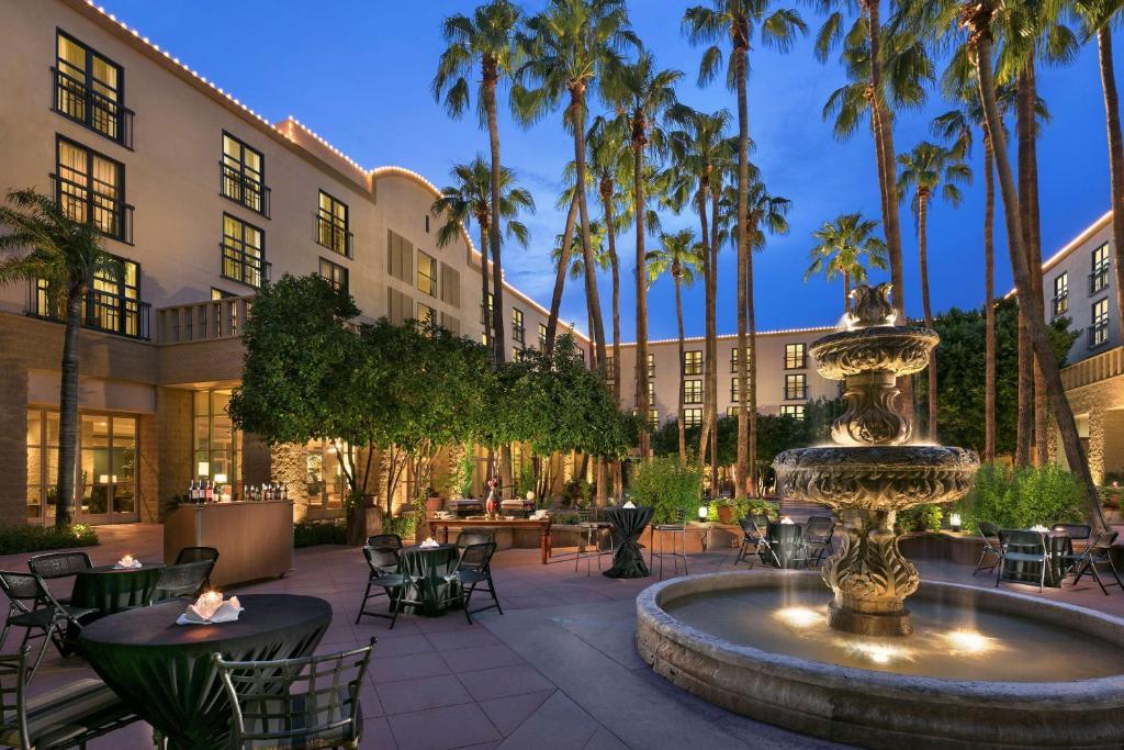 Tempe Mission Palms, a Destination by Hyatt Hotel