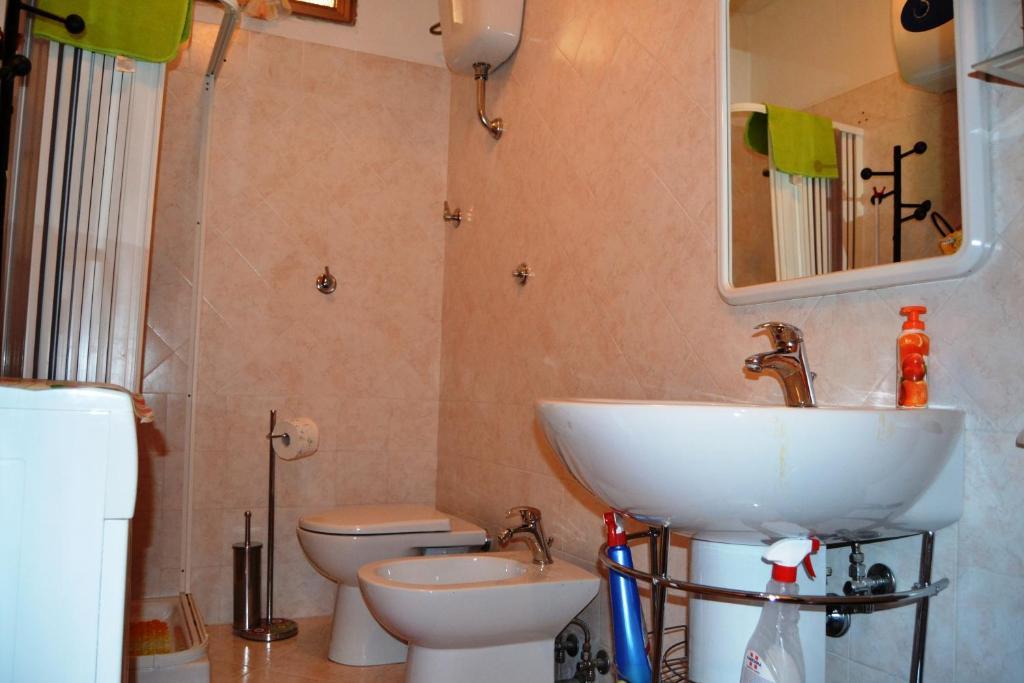 Locazione Turistica appartamento Camino bild9
