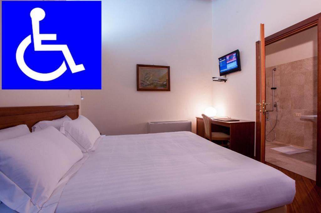 Hotel Flora img1