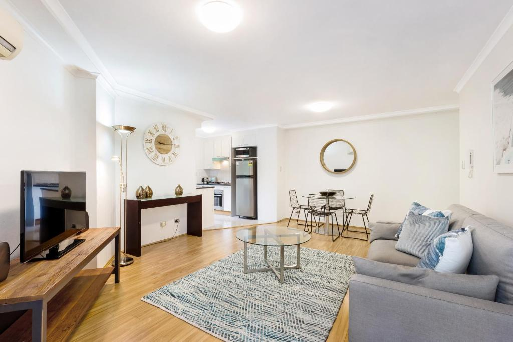 Pyrmont Self-Contained Modern One-Bedroom Apartment 28 Mill