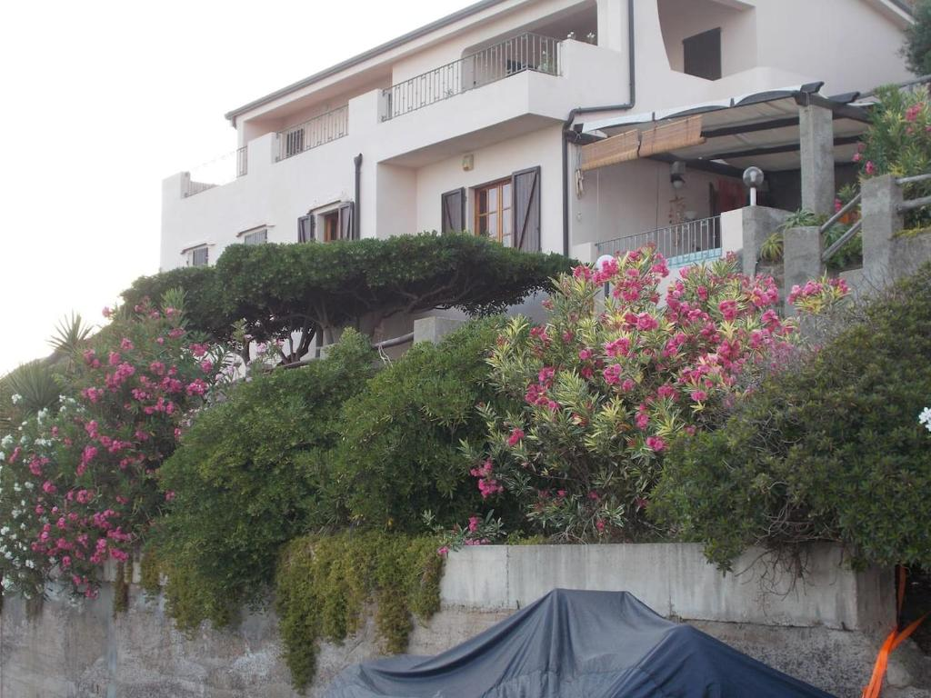 casa con panorama mozza fiato 300 mt dal mare img4