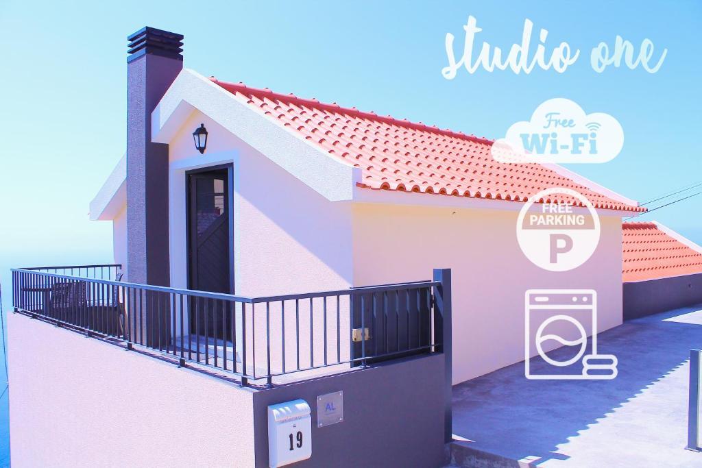 Studio One | Massapez | Fajã da Ovelha | Calheta