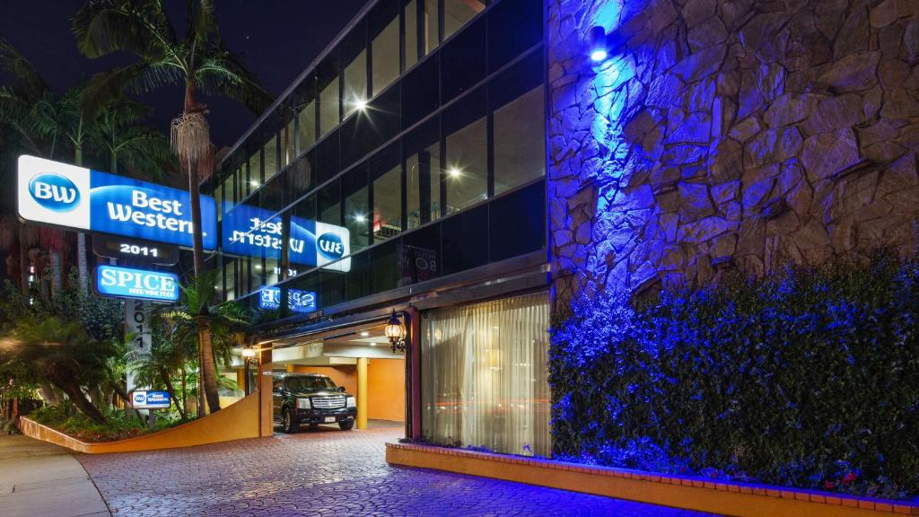 Best Western Hollywood Plaza Inn - Hollywood Walk of Fame Hotel - LA