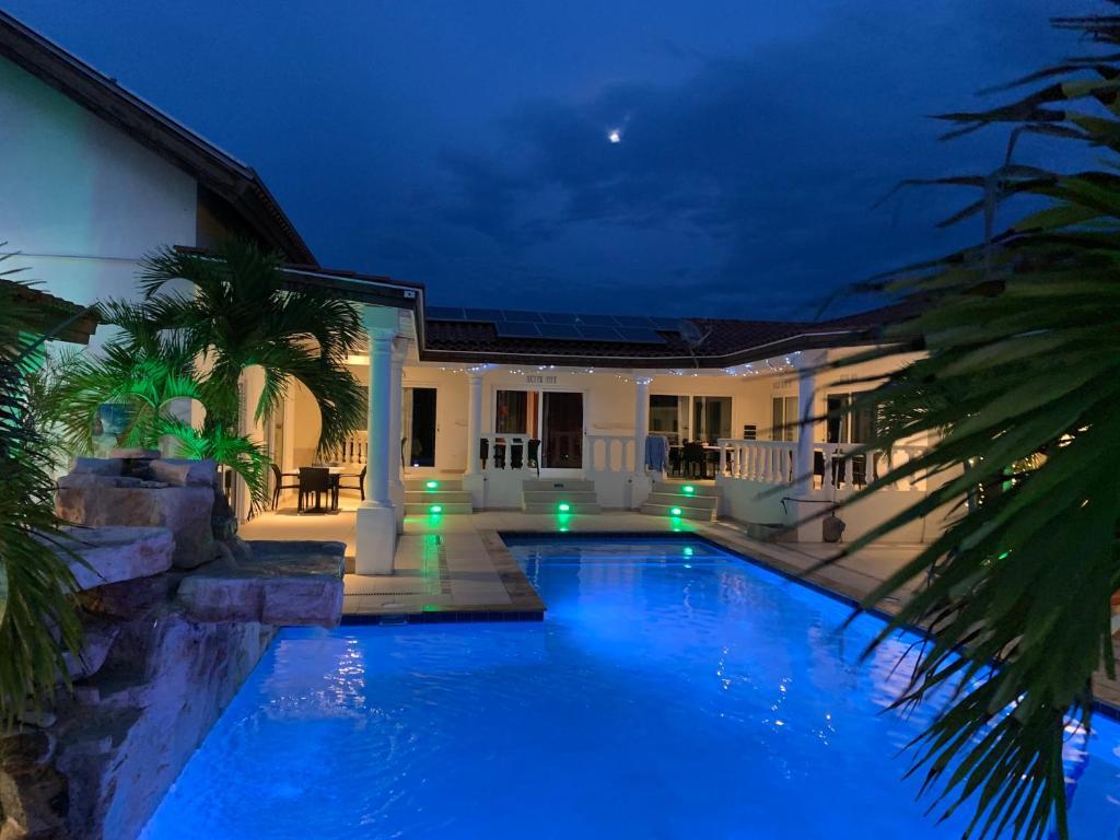 Boutique Hotel Swiss Paradise Aruba Villas and Suites