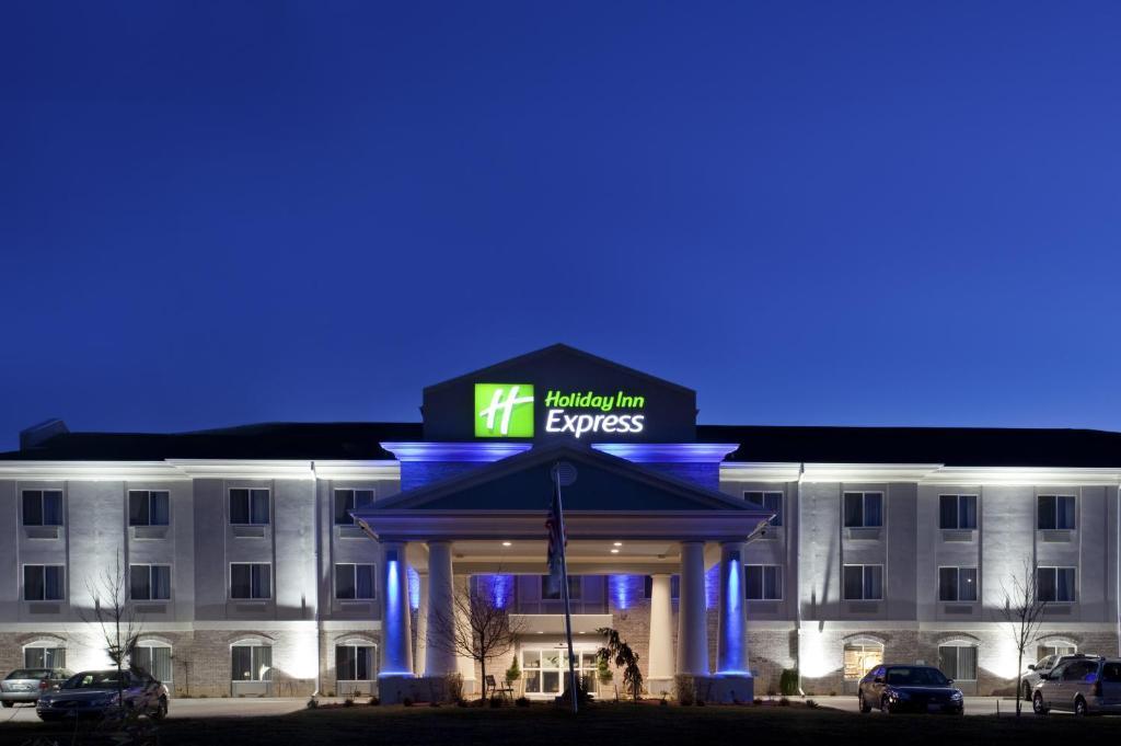 Holiday Inn Express Le Roy, an IHG Hotel