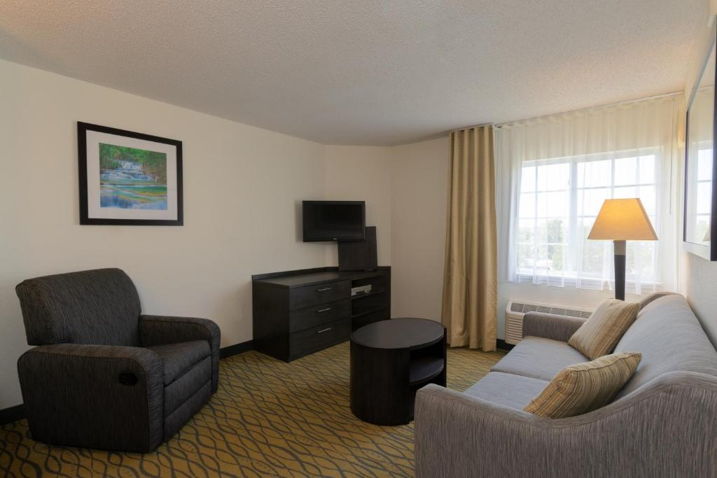 Candlewood Suites Rogers Bentonville Rogers Book Your