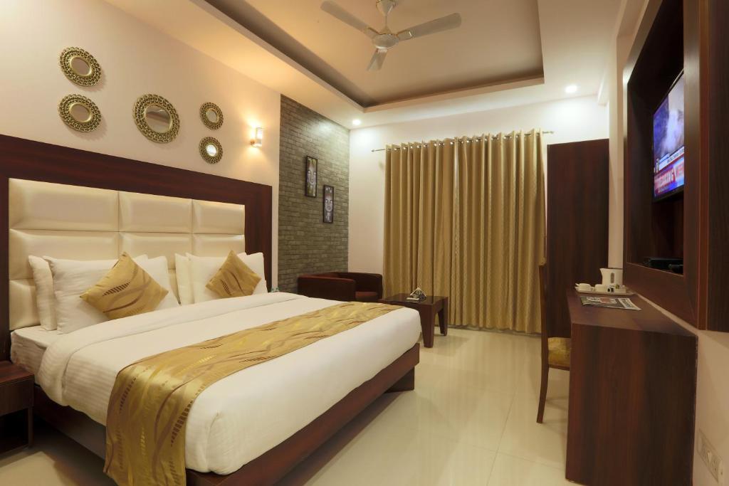 Hotel Arch - Near Aerocity New Delhi