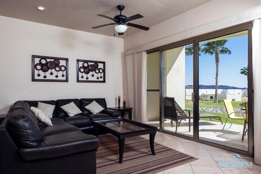 Condo Playa Blanca 102 Apartment