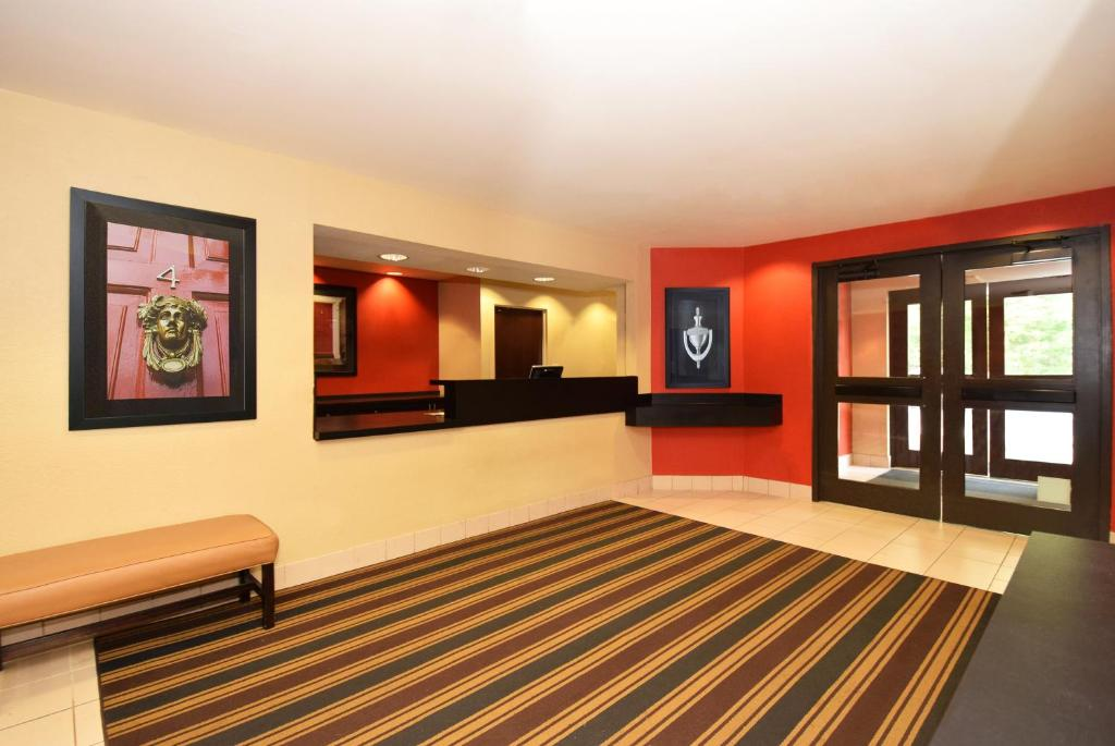Extended Stay America Suites - Chicago - Gurnee