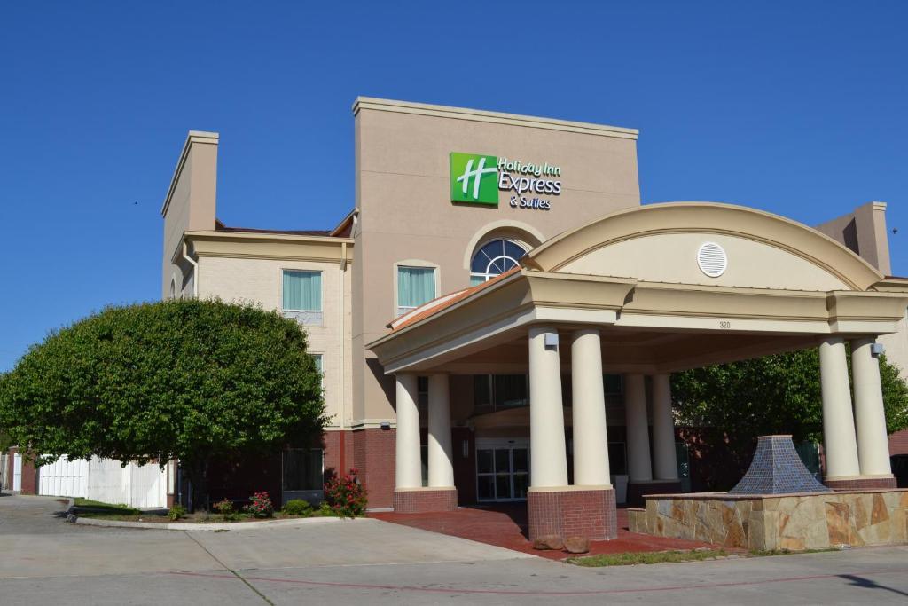 Holiday Inn Express Hotel & Suites Gainesville, an IHG Hotel