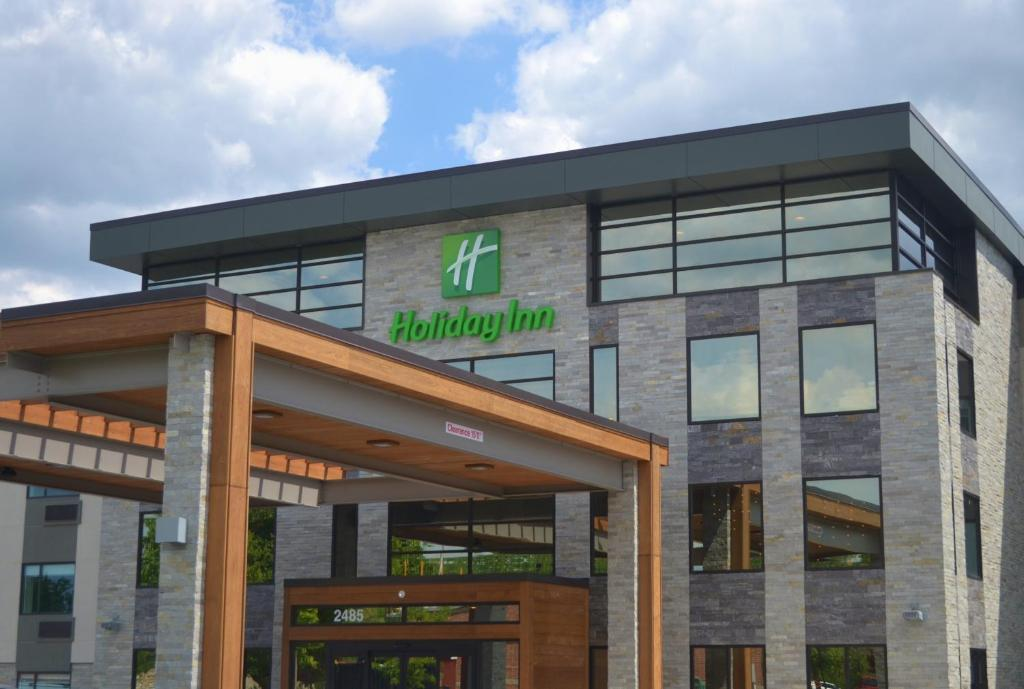 Holiday Inn - Columbus, an IHG Hotel