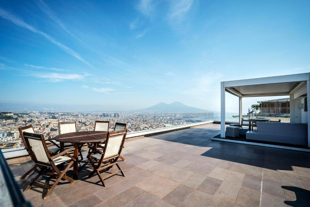 Terrazza Manù Loft Suspended Over The City Apartment In
