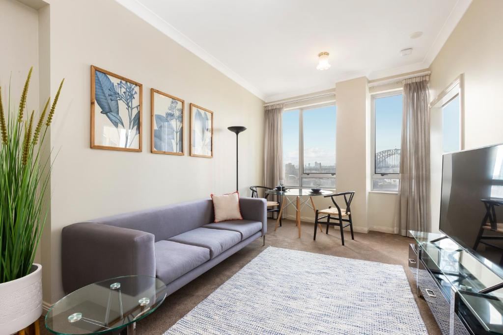 Sydney CBD 1 Bedroom Self-Contained Apartment with Spectacular Sydney Harbour View (1312 BRG)