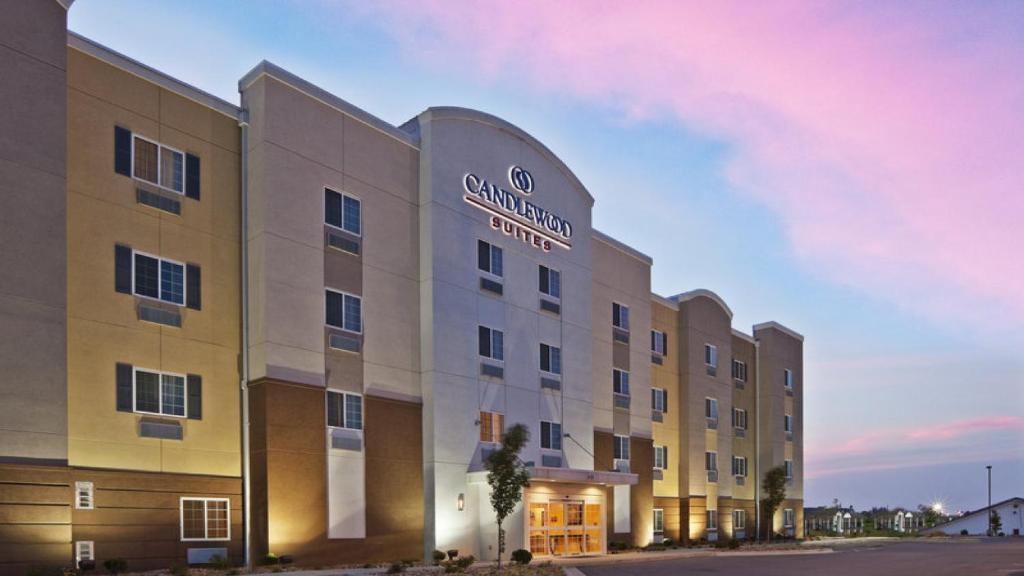 Candlewood Suites Midland, an IHG Hotel