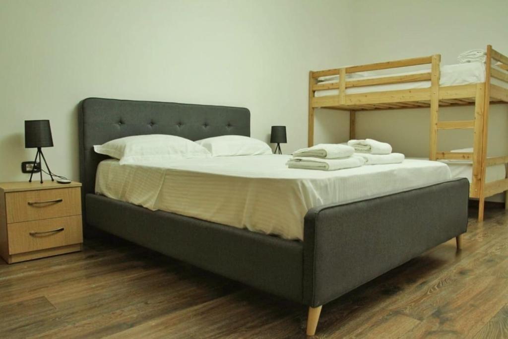 Marias New Relaxing Home in Blloku, Tirana