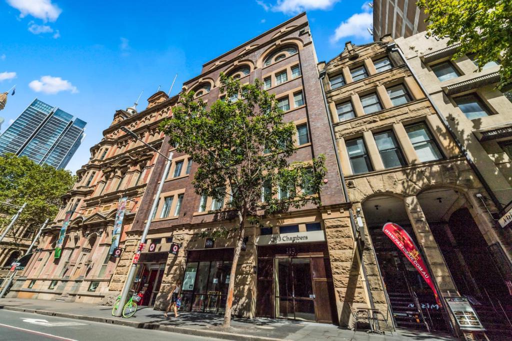 Sydney Hotel QVB