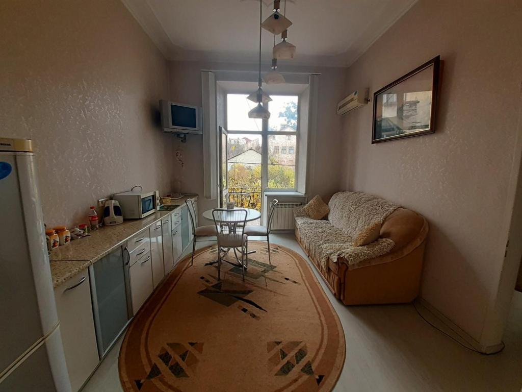 Апартаменти 4