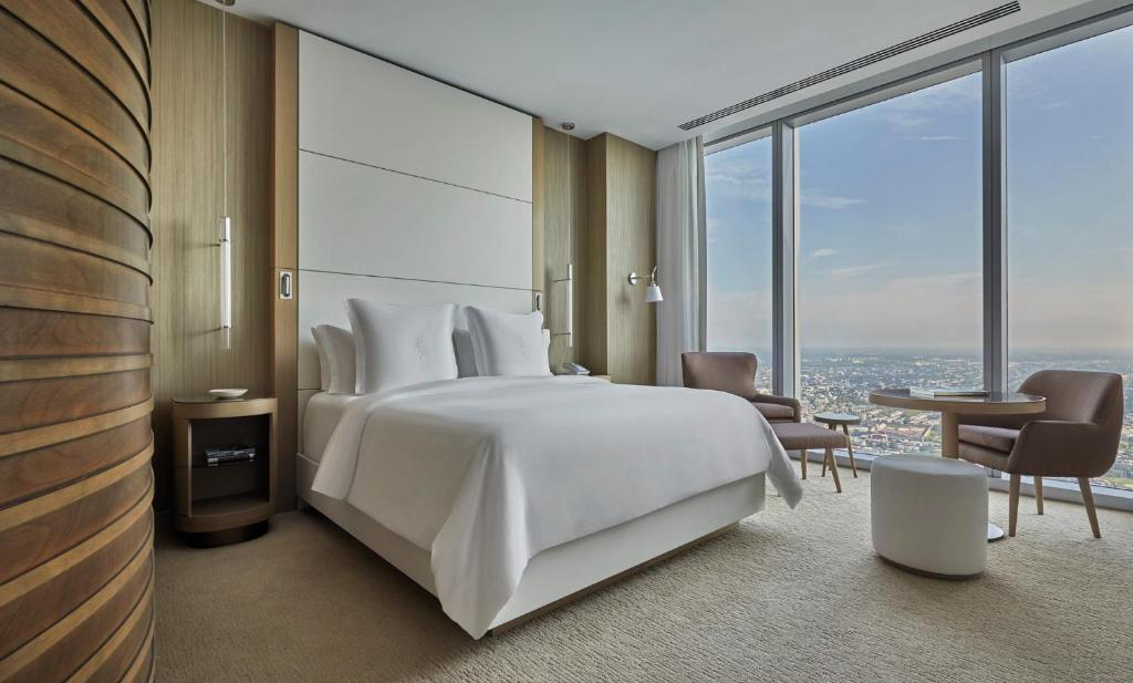 Four Season Hotels Accommodations